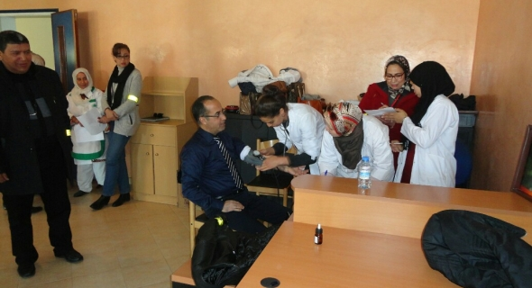 حملة للتبرع بالدم بمركب التكوين المهني ببني ملال ووفود المتطوعين فاقت الطلب