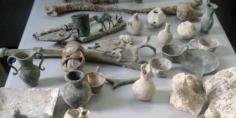 الجمارك تُحبط تهريب كمية هائلة من القطع الأثرية المغربية بلغت 200 كلغ =بلاغ=