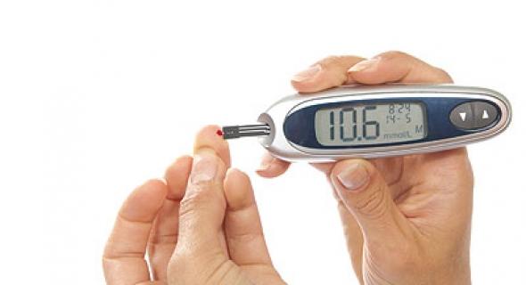 اختراع جهاز الكتروني يساعد على الكشف المبكر عن الإصابة بمرض السكري