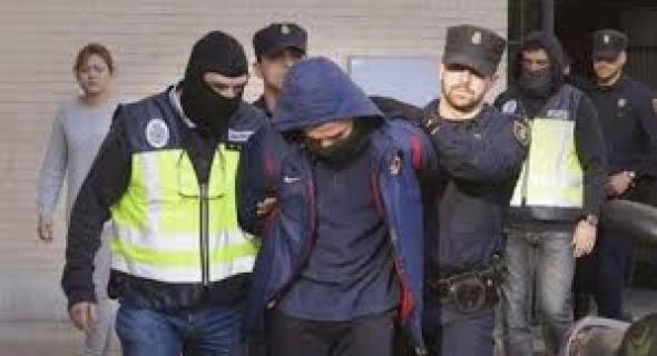 شاف المغاربة مطرحينو…  مافيوزي ايطالي يدعي أنه مغربي يسرق ست وكالات بنكية وهكذا افتضح أمره وتم اعتقاله