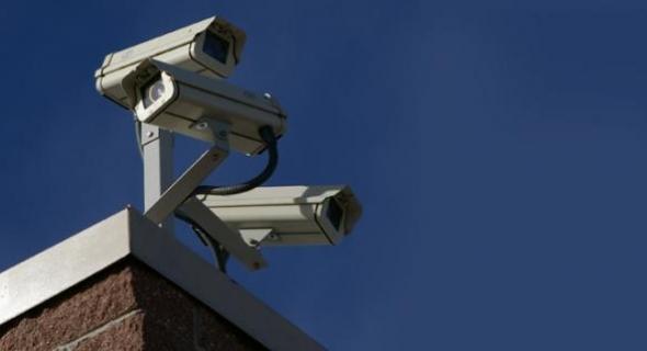 شداتو متلبس… كاميرا للمراقبة تفك لغز سرقة أموال وتعبئات وهواتف من محل تجاري والدرك الملكي يحقق