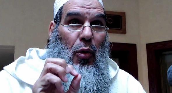 الفيزازي خرج نيشان وكشف عن موقفه من إطلاق الرصاص على حاملي الأسلحة البيضاء !