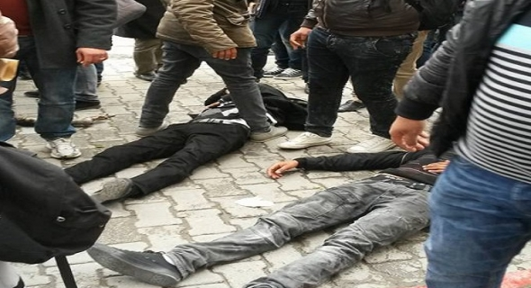 محاولة انتحار جماعية ل 30 شاب في تونس بسبب البطالة