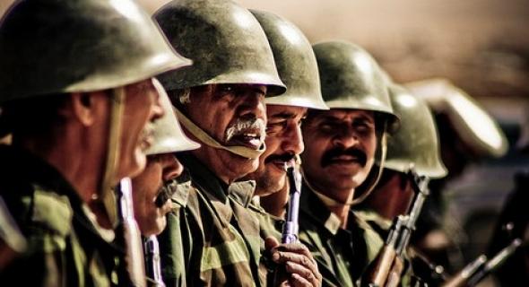 طبول الحرب تقرع… المغرب يحشد قواته في نقط سوداء قرب الكركرات ردا على استفزازات البوليساريو