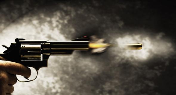 عااااااااجل…شرطة بني ملال تطلق الرصاص على شاب يحمل السلاح الأبيض ووفاته على الفور