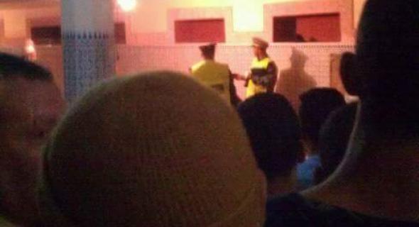 مؤثر..وفاة رجل خلال صلاة العشاء داخل المسجد في ثاني أيام العيد -الصورة-