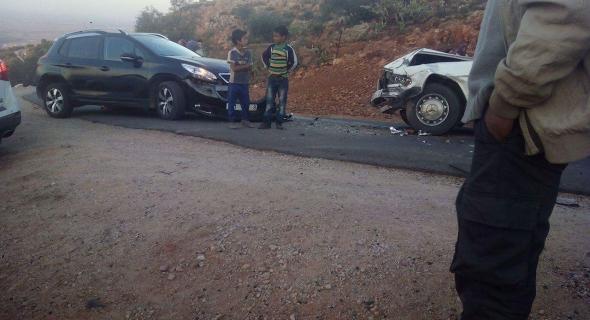 عاجل… اصطدام بين سيارة أجرة وسيارة رباعية الدفع بطريق جبلية ونقل الجرحى إلى المستعجلات