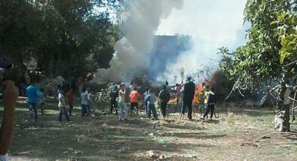 فضيحة ..النيران تشتعل بحي فوغال ببني ملال وتكشف عن استهتار الجهات المختصة -الصورة-