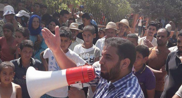 العطش يخرج دواوير بالعيايطة باقليم بني ملال للاحتجاج ومسؤولي الجماعة يتملصون