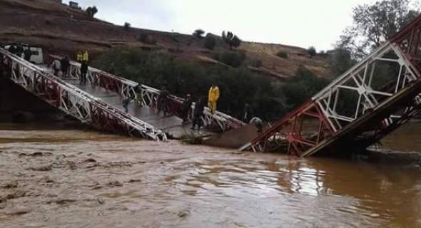 انهيار القنطرة الوحيدة لساكنة المغرب العميق وتاكلفت تعيش العزلة يا مسؤول!