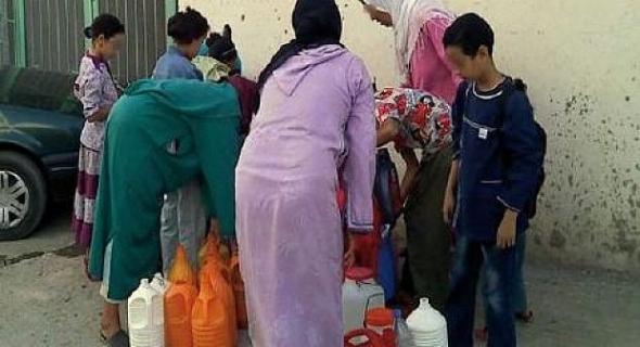 ساكنة أولاد زمام بالفقيه بن صالح تعاني من انقطاع الماء الصالح للشرب ويناشدون المسؤولين