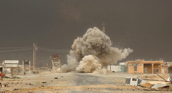 داعش يفجر مشروع مياه مدينة الرطبة العراقية !