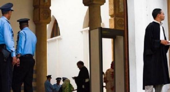 من غرائب المحاكم المغربية : رجل تعليم بأزيلال يتوصل بحكم قضائي غريب صادر عن المحكمة الابتدائية بإنزكان