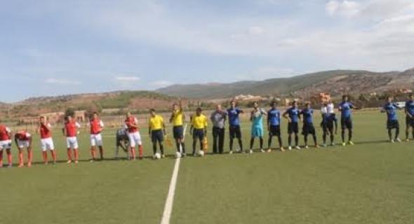 اتحاد أزيلال لكرة القدم يتعادل مع مولودية أسا و غضب عارم على مدرب الفريق
