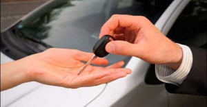 رغم الأزمة… إقبال كبير للمغاربة على شراء السيارات وهذه العلامات أكثر مبيعا =تقرير=